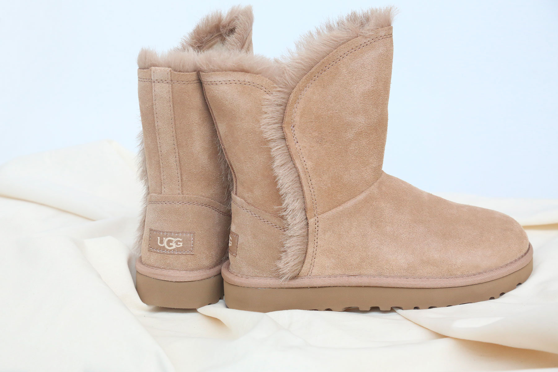 cheapest place to buy ugg boots